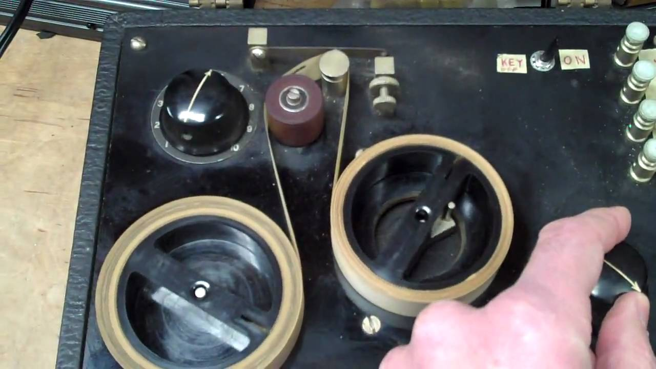 Morse Code Keyboard 1939 Style! | Hackaday