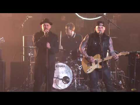 Good Charlotte perform on The Voice | The Voice Australia 2016