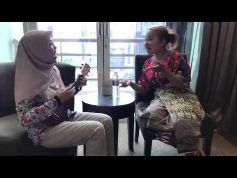 Lagu lawak minang terbaru - Tak Tun Tuang - Upiak isil feat Sheyl Shazwanie