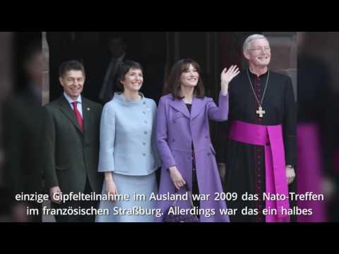 Merkel fliegt mit Ehemann Sauer zum G7 Gipfel nach Japan