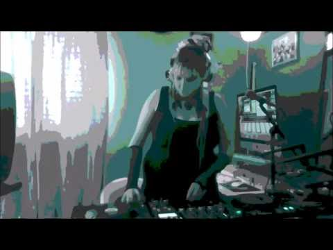 Miss Haze - Run The Block Mix (Drum And Bass Mix)