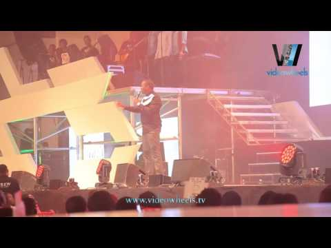 Video (stand-up): Comedian Buchi Makes Fun of People in VIP at OLIC2 Show