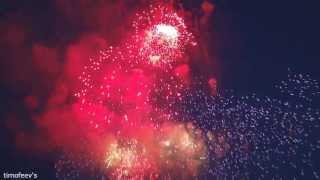 Праздничный салют Победы 9 мая. Москва. Поклонная гора. Fireworks Victory Day (09.05.2013).