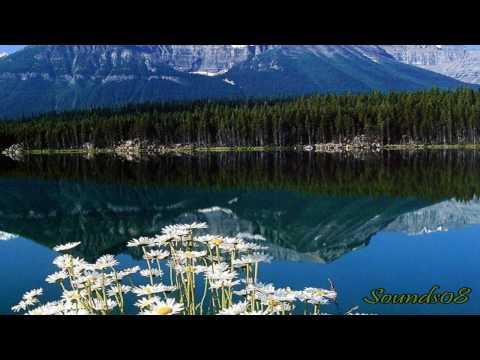 Lake Louise by Yuhki Kuramoto