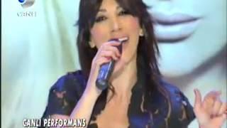 Hande Yener  Yalanın Batsın (Canlı Performans) Seda Sayan