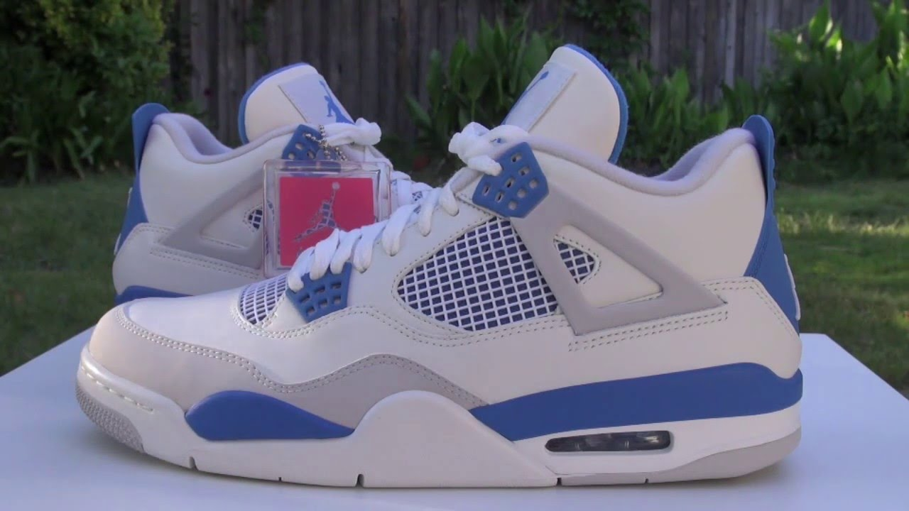 the latest 45e89 956ce Air Jordan 4 (IV) Military Blue 2012