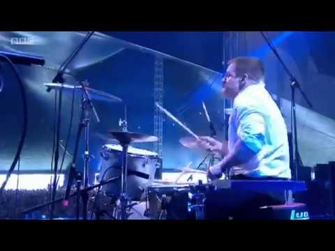 Get the Gang Together (live) - Gerard Way...