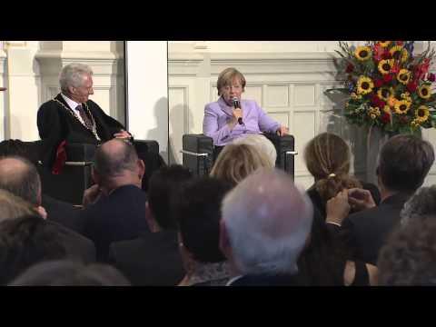 Besuch der Bundeskanzlerin Angela Merkel an der Universität Bern