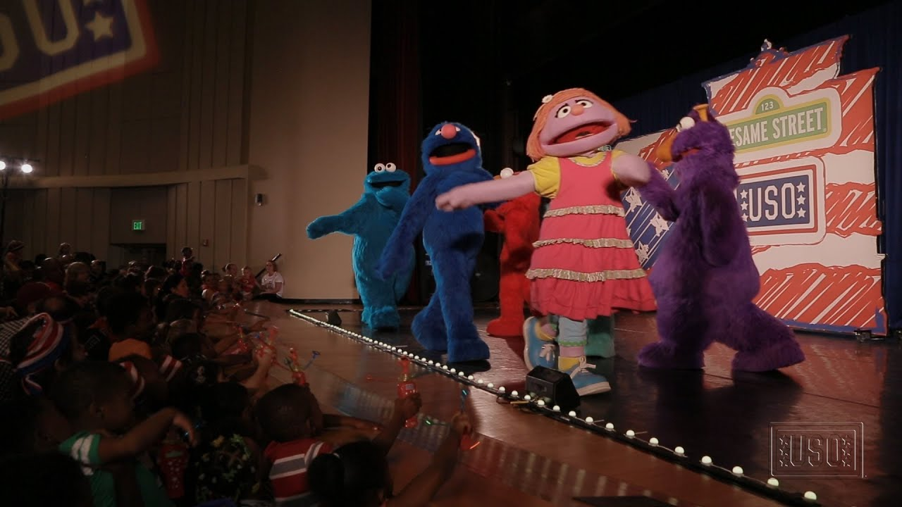 Sesame Street's Katie Teaches Military Kids About Change