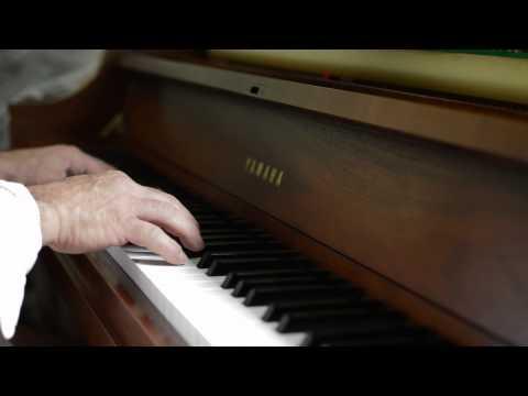 Yamaha p22 studio piano for sale youtube for Yamaha p22 piano for sale