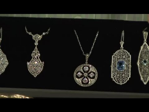how-to-spot-good-antique-jewelry-:-antique-watches-&-jewelry
