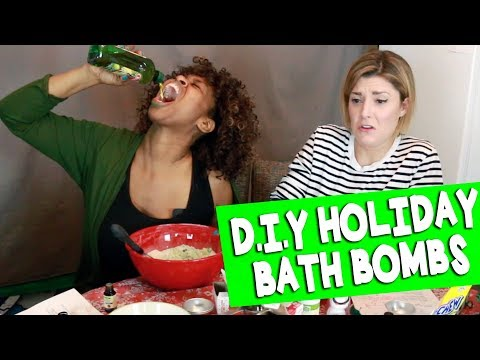 Download Youtube: DIY HOLIDAY BATH BOMBS w/ GLOZELL // Grace Helbig