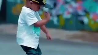 Малыш станцевал Окутала меня 2017(ноябрь)