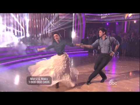Maksim Chmerkovskiy & Meryl Davis dancing Viennese Waltz on DWTS 5 12 14