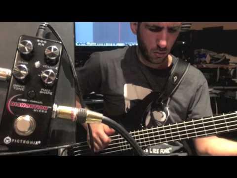 Pigtronix Micro Disnortion On Bass