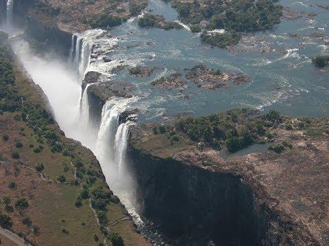 AUX CONFINS DE L'AFRIQUE 3 - BOTSWANA / ZIMBABWE