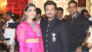 LIVE: Anil Kapoor With GORGEOUS Daughter Sonam Kapoor At Isha Ambani & Anand Piramal's Wedding