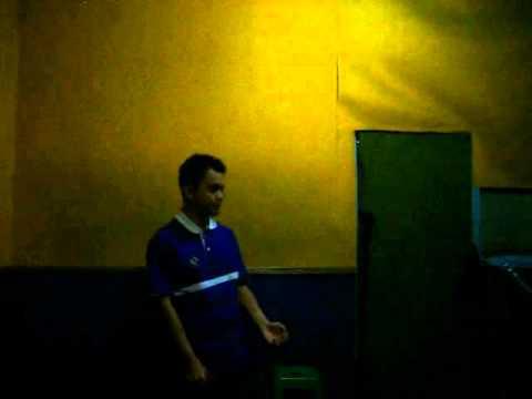 Ferdy Suryawijaya sing a song from Andre Hehanusa - Kuta Bali