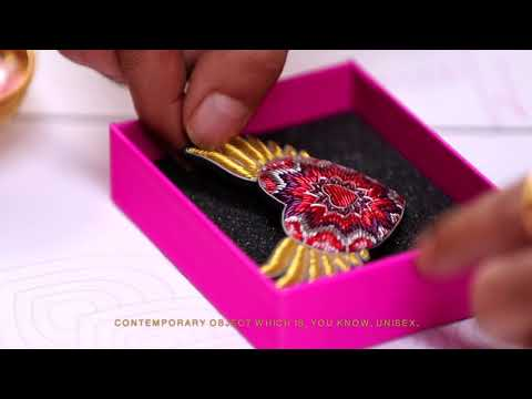 KAMA AYURVEDA X MANISH ARORA - LOVE IS LOVE - LIMITED EDITION GIFT BOX