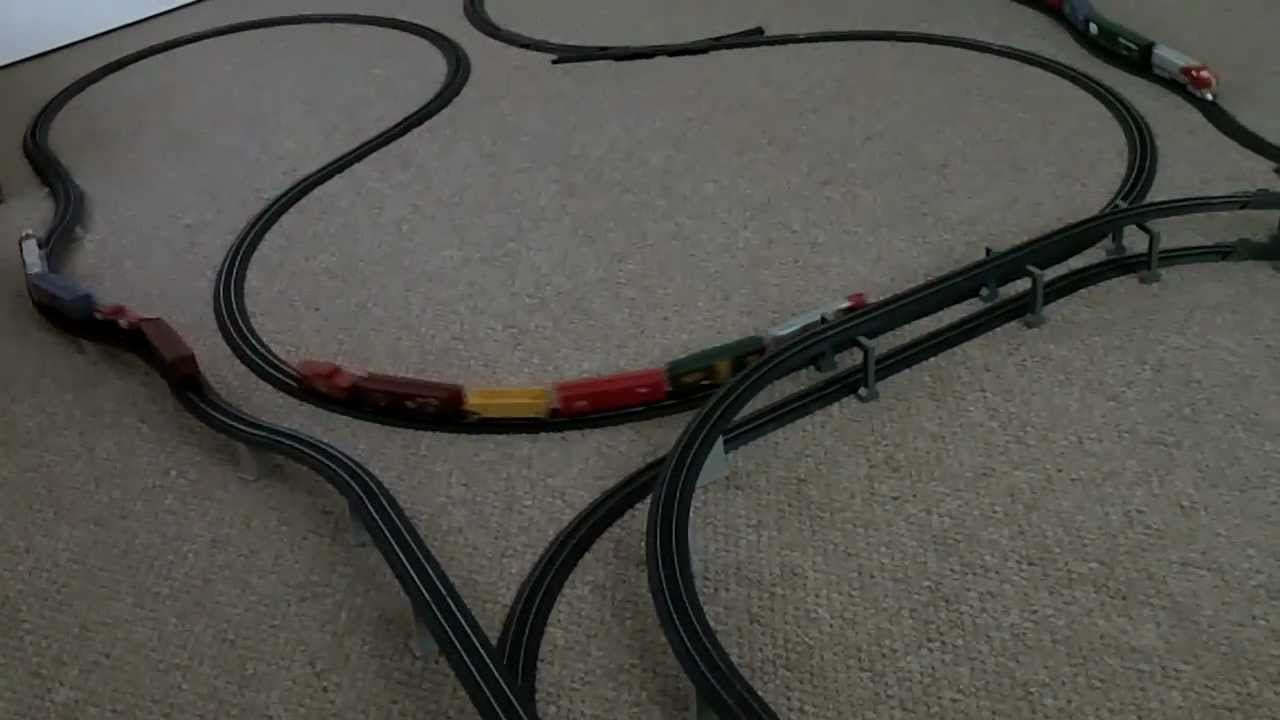 V09 Power Loc And E Z Track Layout With 3 Trains Running Youtube Ho Wiring