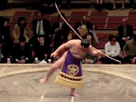 2012年5月26日 祥鳳による弓取式...