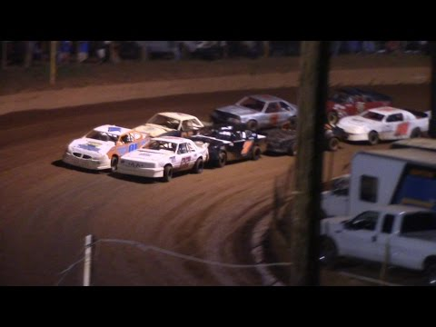 Winder Barrow Speedway Stock Four Cylinder Race 7/2/16