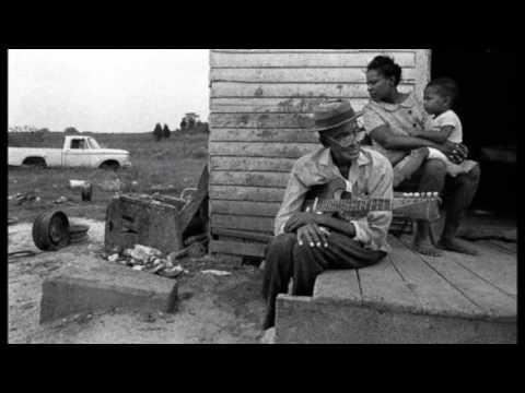 Carey Bell     ~    ''Goin' Back To Mississippi''&''Must I Holler'' Live 2000