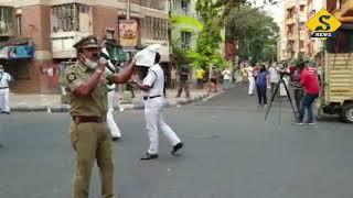 Kolkata Police Singing on Street for Corona Virus Awareness