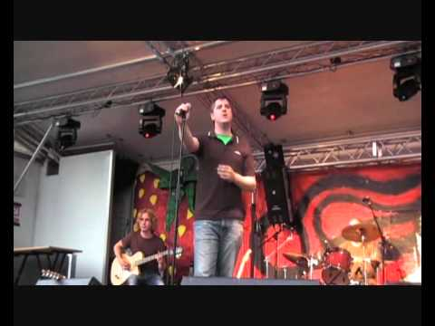 The Horn Measured Delivery Live - Strawberry Fair Cambridge 2008.wmv