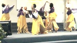 Before the Throne-Beyond the Veil Dance Ministry (Praise Dance)
