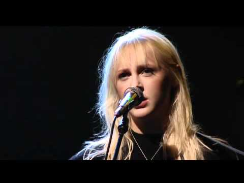 7. Goodbye England (Covered In Snow) - Laura Marling live at Crossing Border 2011 [FULL]