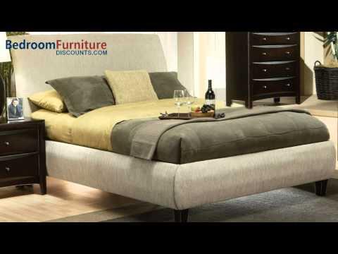 Coaster Phoenix Upholstered Bedroom Set In Beige