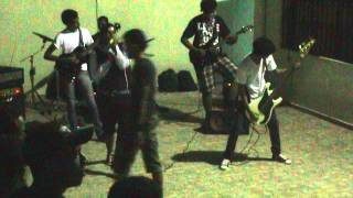 New Year Concert (20130119) -clip16- Dancing with the Martians - Canción y despedida