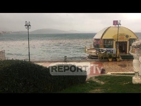 Report TV - Shirat në Sarandë, ujrat e zeza vërshojnë në bulevard dhe në det