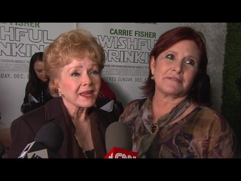 Debbie Reynolds praises Carrie Fisher on red carpet (2010)