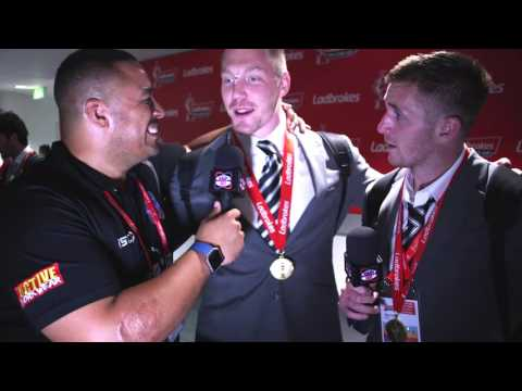 Houghton is different gravy says teammate Sneyd