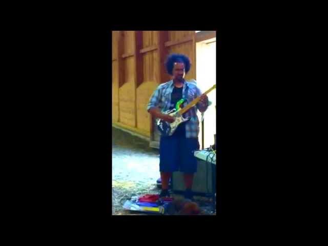 "Gabriele Guma jammin to ""Hey Joe"" (Jimi Hendrix)"