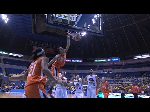 Newsome Dunks All Over the Ka-Tropa! | PBA Governors' Cup 2016