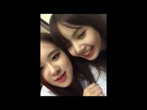 (CHAELISA)-Rosé Kissed Lisa At Concert,after So Many Years !!!