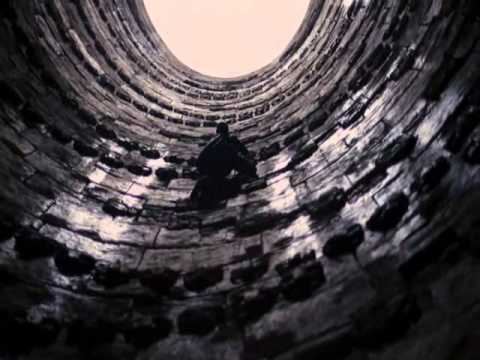 The Dark Knight Rises - Bruce climbs out of the pit - YouTube