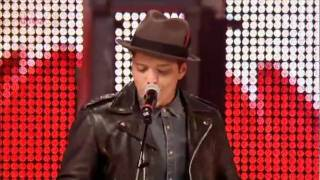 Bruno Mars - Runaway Baby (LIVE at One Big Weekend in Carlisle)