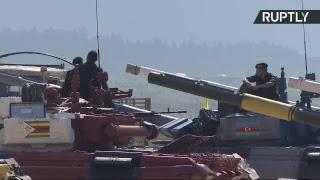 В Подмосковье проходит танковый биатлон в рамках АрМИ-2018 — LIVE