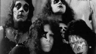 KISS-Love is Blind [Demo]