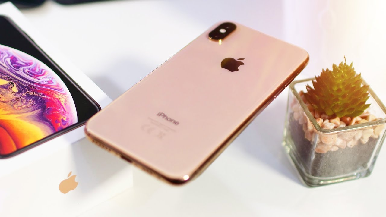 Iphone Xs Unboxing Hands On Gold
