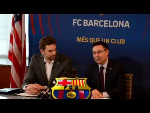 PRESS CONFERENCE FC Barcelona President Josep Maria Bartomeu & NBA player Pau Gasol