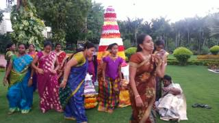 Batukamma song in Bahubali 2