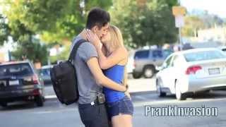 Развод на Поцелуй Prank   Розыгрыш Девок