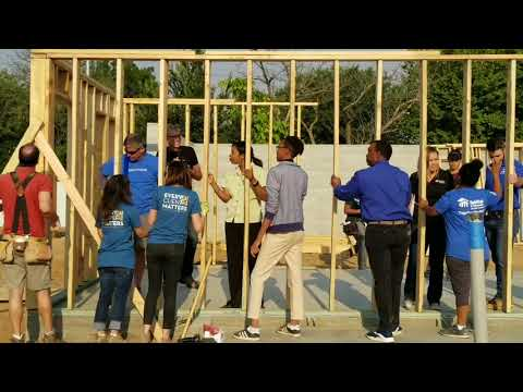 Volunteers and Future Families Come Together to Raise Walls on Five Homes in South Sacramento