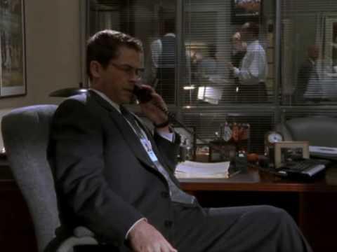 The West Wing - Season 1, Ep 1 - Lori calls Sam