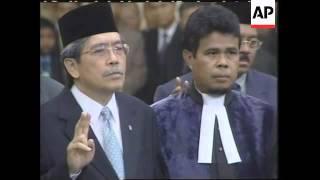 Download lagu Swearing in of Megawati s new cabinet MP3